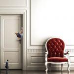 משפצים את הבית: החלפת משקוף ישן והתקנת דלת מעוצבת